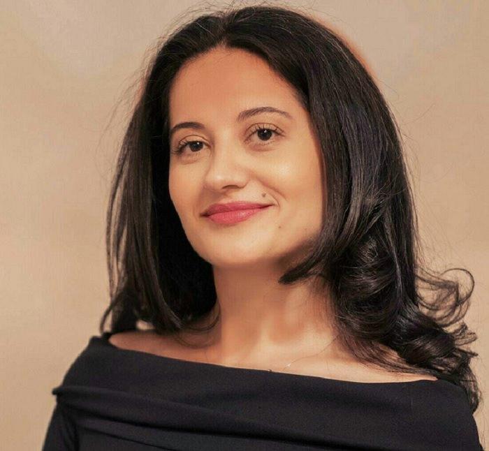 Adriana Barbu - fondator Velvetique PR
